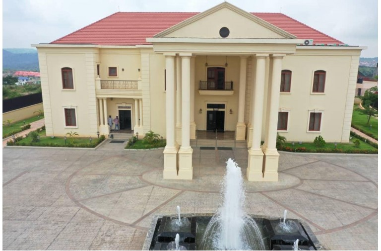 12 bedroom mansionate Sunrise estate abuja